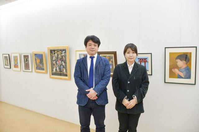 来場を呼び掛ける月村さん(右)と三浦代表