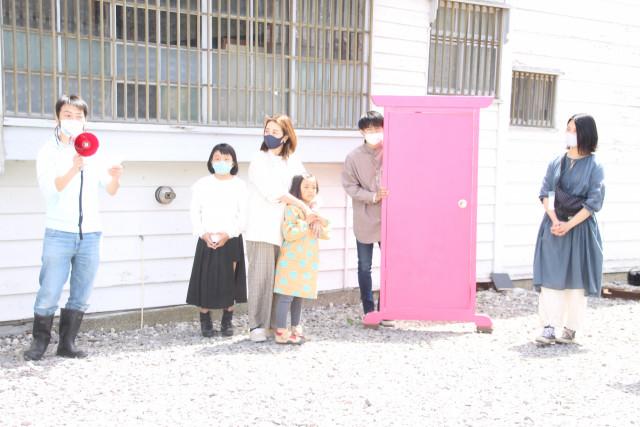 夢について話した熊木さん(左)と佐藤さん(左から3番目)と岸本さん(右)