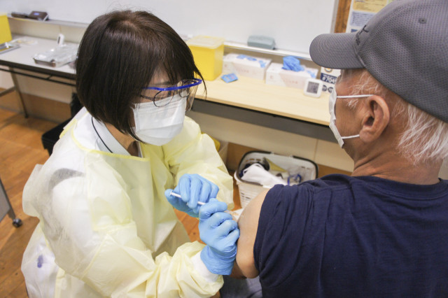 江差町保健センターで始まった集団接種