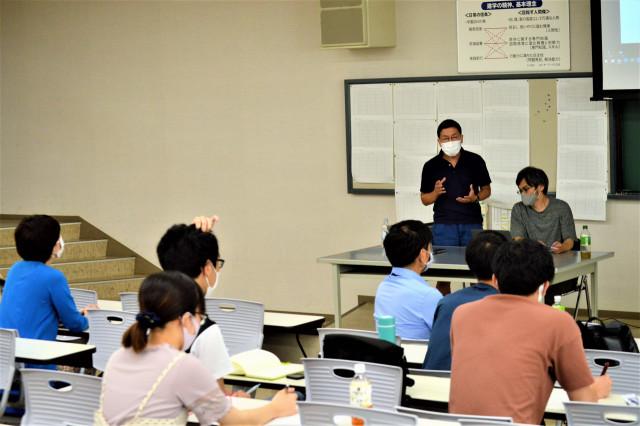 京都芸術大学大学院の院生と函館大学の学生が交流した研究報告会