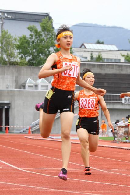 中学2年女子100メートルを制した佐々木